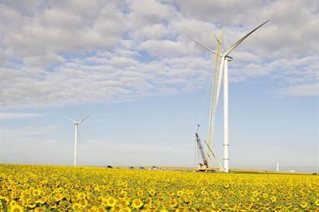 """法国可再生新能源项目将大规模使用太阳能,理由是比风能""""更具竞争力"""""""