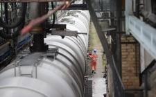 产油国商讨再度联手减产,重新调整石油生产策略以帮助原油市场恢复供求平衡