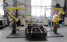 宋元明在上海调研煤矿机器人研发应用情况