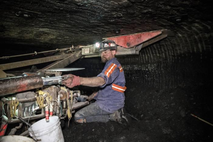 美国煤炭行业将收到一份圣诞晚礼   病态的矿工却要为此付出代价!