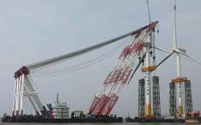 申能临港海上一期项目25台上海电气风电机组全部完成吊装