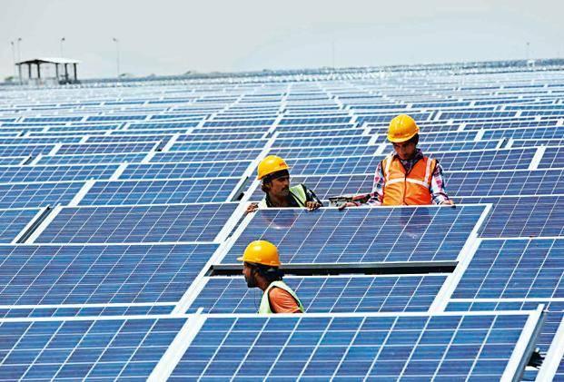 2018年  蓬勃发展中的印度太阳能行业为何遭遇了滑铁卢?