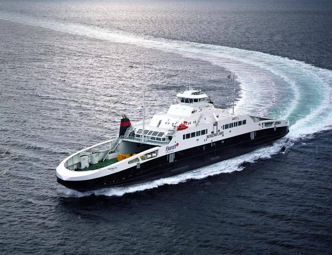 英国罗罗推出全新Bergen B36:45液化天然气船用发动机