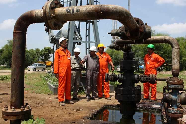 印度石油天然气企业将投资6000亿卢比   在阿萨姆邦钻探200口开发井!