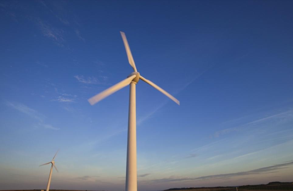 法国电力公司成功竞标沙特首个大型风电项目 投资总额为5亿美元!