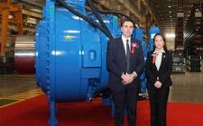 上海电气风电集团3.X-15X MW陆上风机首台主齿轮箱在天津威能极正式下线
