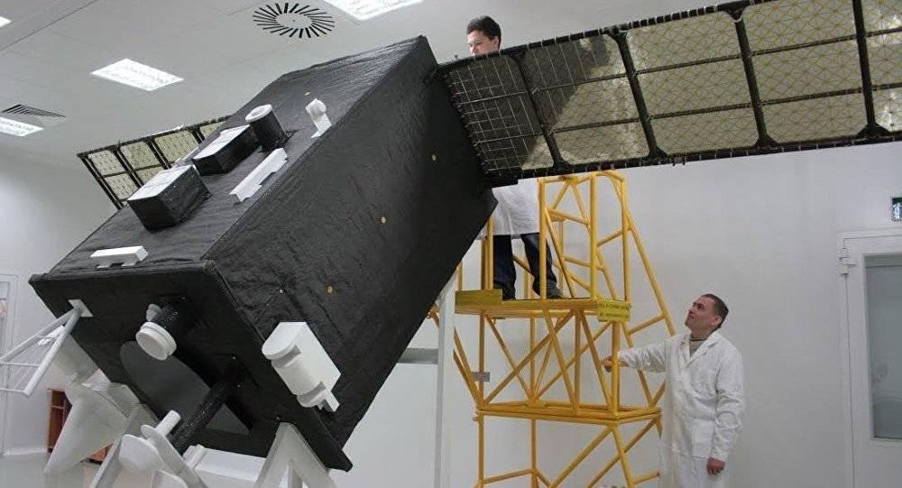 俄罗斯制造出能自动使用能量集中器和太阳跟踪系统的太阳能电站