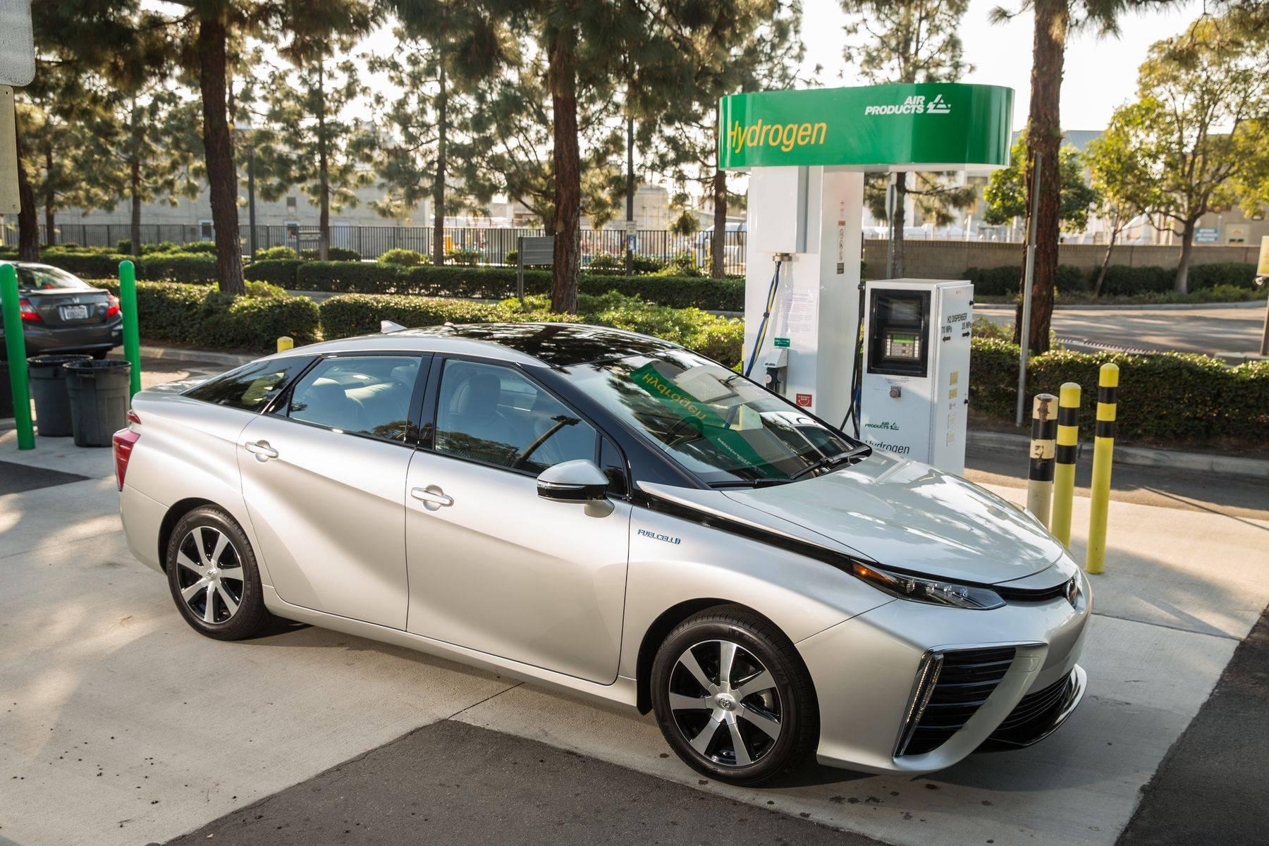 美国的氢燃料电池汽车销量在2018年仅为2300辆