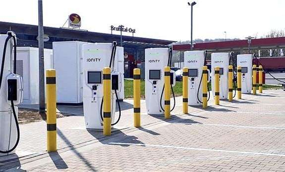 大众旗下子公司将在全美多个充电站安装特斯拉的储能电池,以进一步提高充电效率