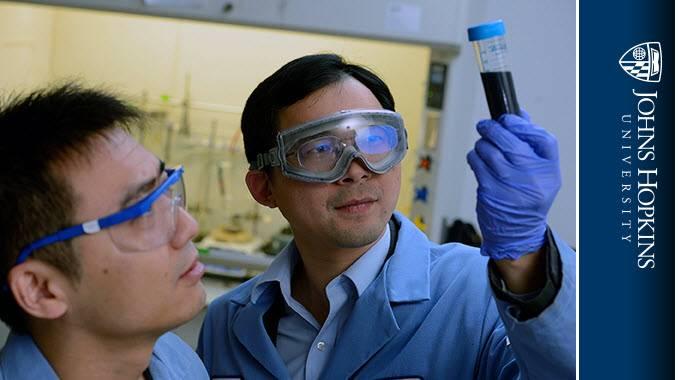 更灵活的纳米材料可以使氢燃料电池汽车更便宜