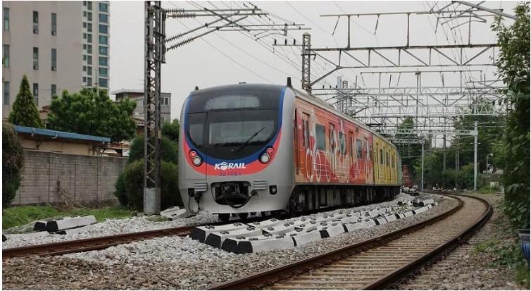 在韩国正在开发的氢铁路列车