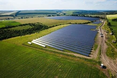 """2018年乌克兰新增""""绿色""""能源设备速度创记录,其中新建太阳能电站163座"""