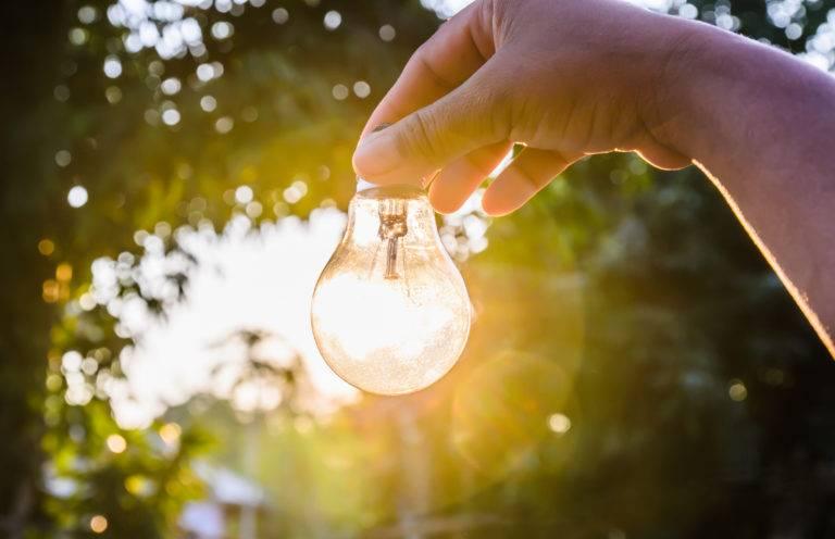 鲁汶大学科学家将15%的阳光直接转换成氢气 创造了世界记录!
