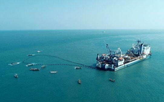 海南联网二回海底电缆完成敷设