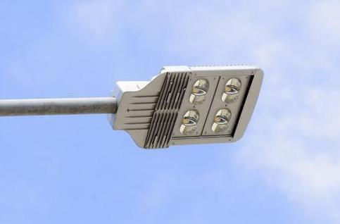 LED路灯如何真正实现节能、环保和长寿命?