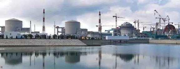 中核集团田湾核电6号机组反应堆压力容器顺利吊装就位