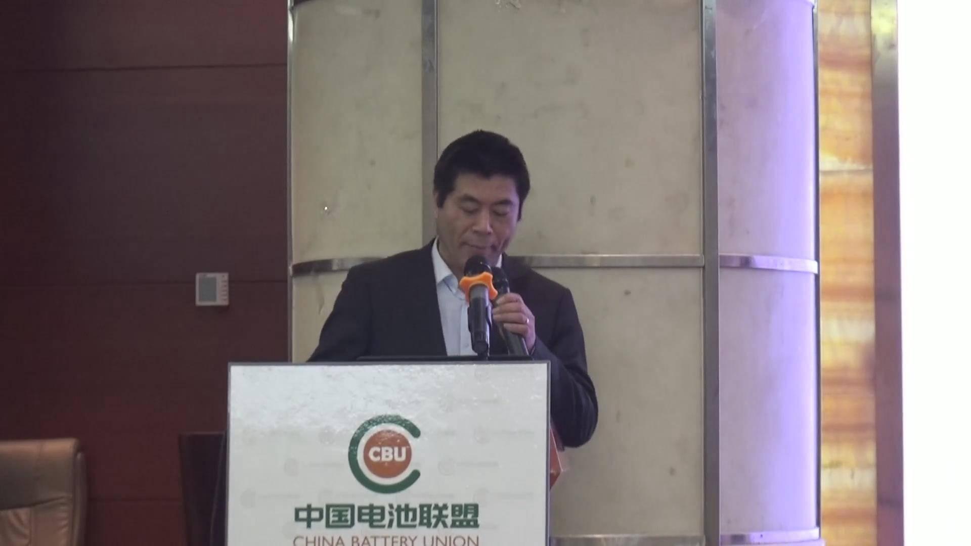 马凡华:以CNG/HCNG为燃料的内燃机的研究与开发