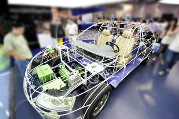 新能源汽车想要替代传统燃油车,如何迈过动力电池安全这道门槛
