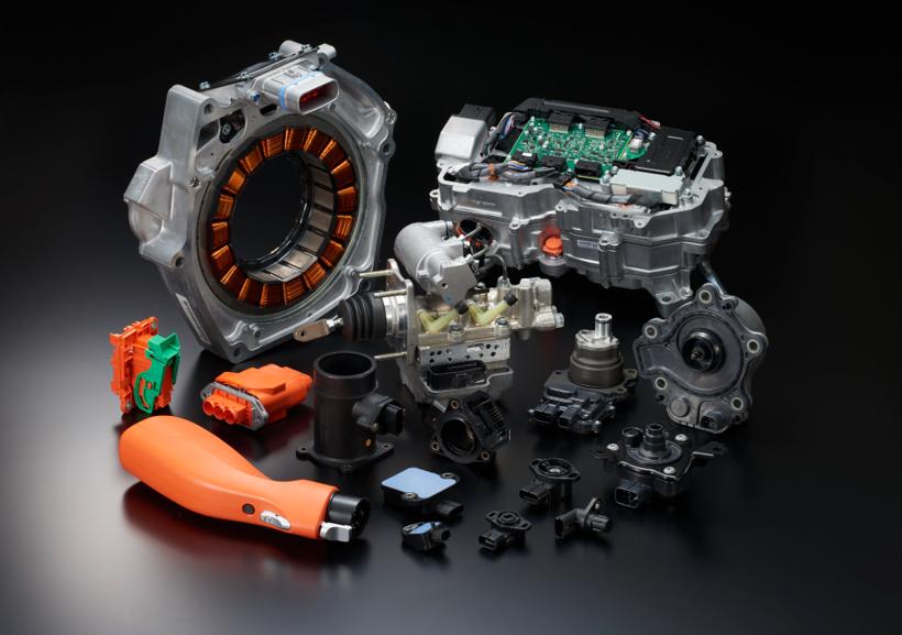 日本宝理塑料推出创新树脂产品替代金属 打入电动汽车发动机外围部件市场