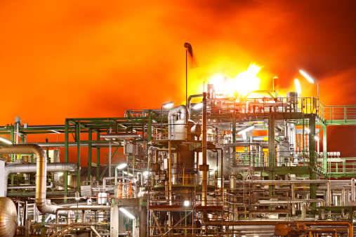 印度哈里亚纳邦Panipat炼油厂发生火灾致一人死亡