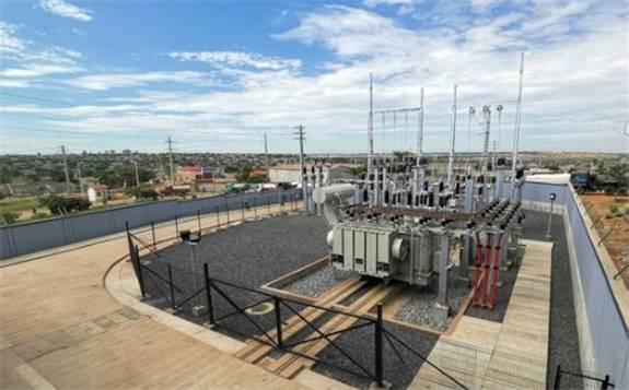安哥拉罗安达城网项目两座变电站同期带电投运