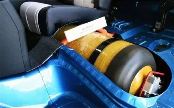 国产70MPaⅢ型车载储氢瓶进退维艰
