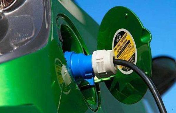 动力电池VS氢燃料电池   谁是新能源汽车的动力之王?