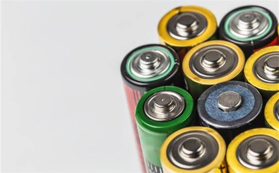 爆赚巨亏皆是同行 电池材料企业2019年首季业绩预告