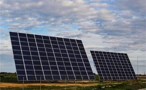 """山东的新能源产业培育出两个""""全国冠军"""",光伏发电、生物质发电均居全国首位"""