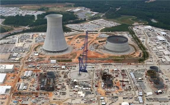 """特朗普表示:要为美国核电提供""""一丝生机"""",重振美国核电。"""