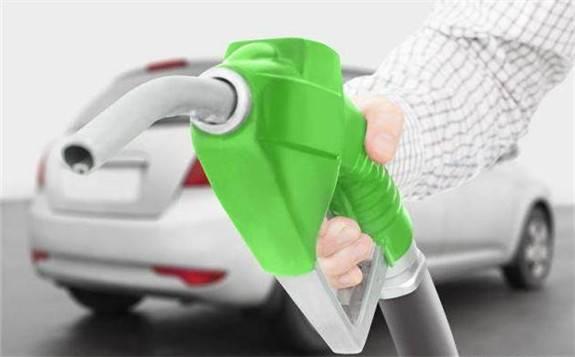 发展甲醇汽车则是缓解能源安全压力、提高能源资源综合利用的重要举措