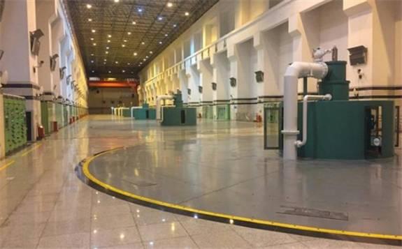 万家寨水电站6号水轮发电机组并网发电
