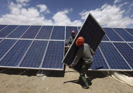 乌兹别克斯坦政府计划在未来10年间建设25座大型太阳能发电站