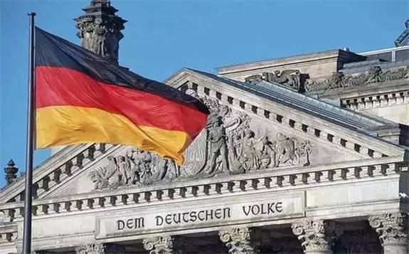 德国:豪掷580亿欧元搞研发,2030年必须实现1000万辆电动汽车上路