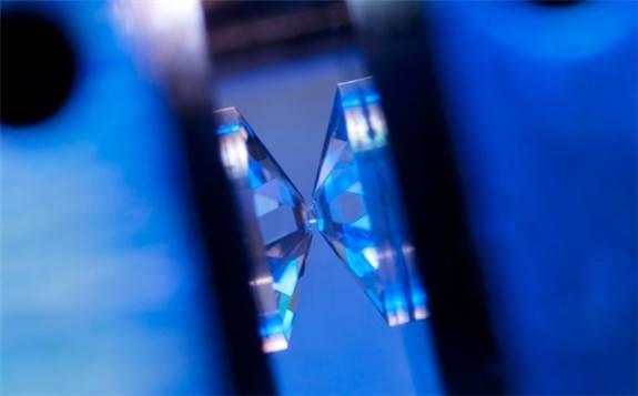 超快速氢传感器已被研发,可用于氢动力汽车的未来性能指标