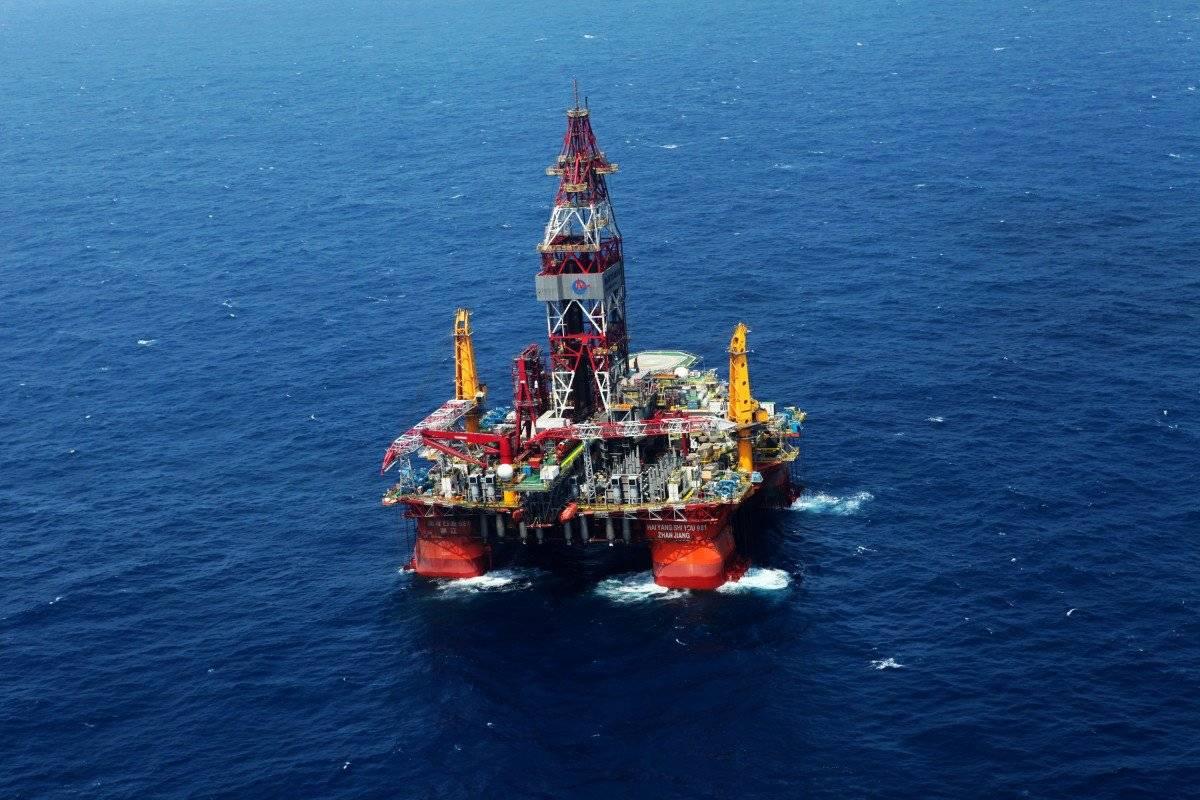 中国首个自主设计平台南海打出第一口深水开发井