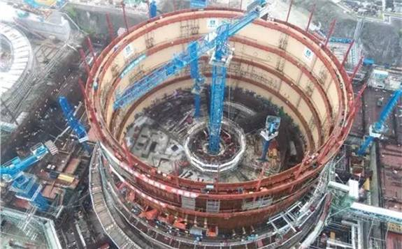 """中国核电""""华龙一号""""的成长之路"""
