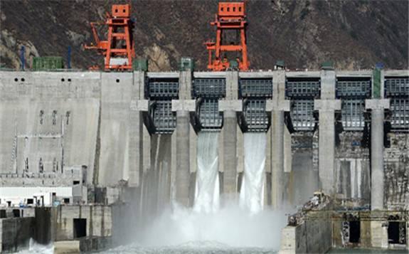 """华能水电""""爆发式""""发电业绩抢眼 营收净利均实现大幅增长"""