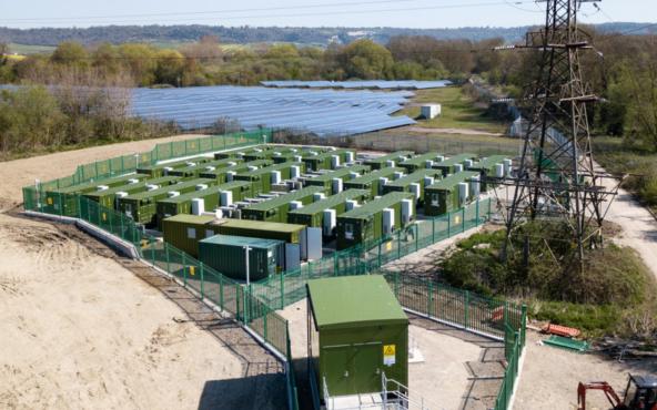 今年一季度英国9项电池新浦京融资交易达1.3亿美金