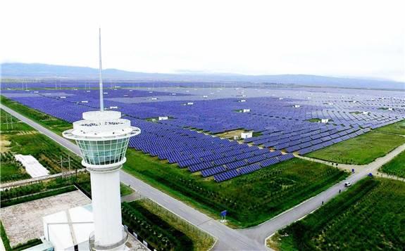 """青海""""风光""""条件得天独厚 创建国家清洁能源示范省"""