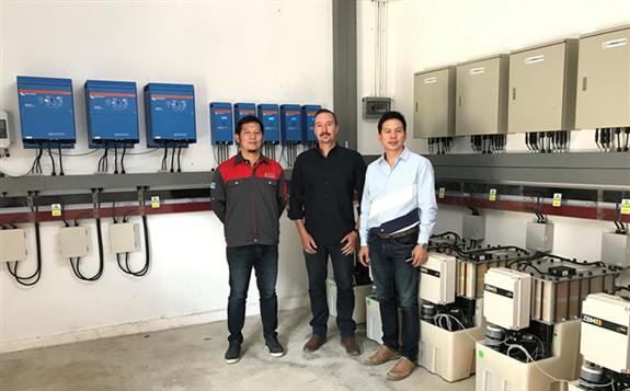 泰国偏远村庄部署微电网项目采用混合电池系统