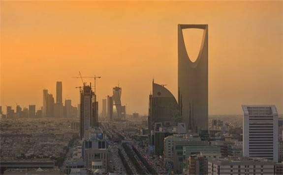 夏季发电用油高峰来临,中东原本用于出口的原油被迫用于国内发电