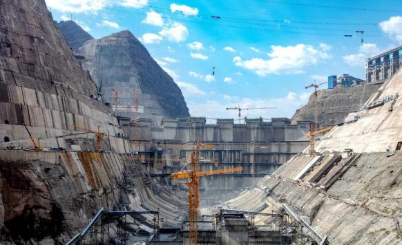 白鹤滩水电站历时31个月的大坝坝基固结灌浆水利完工