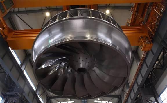 哈电集团研制出世界单机容量最大100万千瓦水电机组首台长短叶片转轮