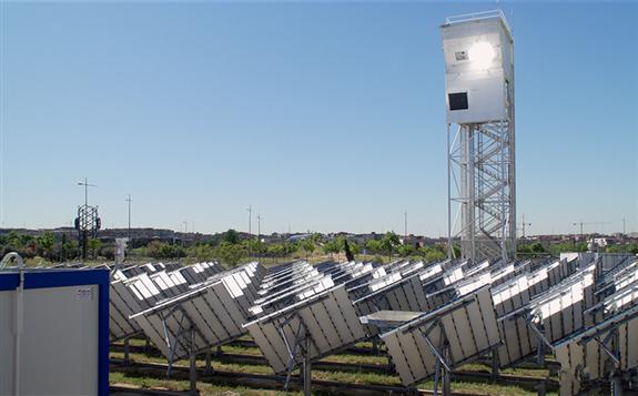"""欧盟利用塔式聚光技术生成""""太阳能煤油"""""""