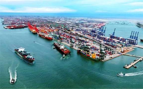 助力京津冀大气污染治理 天津港推进进港煤炭运输由公路改为铁路