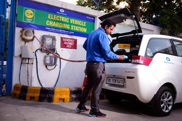 印度提议电动汽车购买者减免税收并取消零部件进口关税
