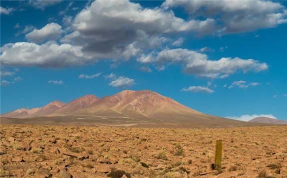 智利 主要太阳能加储存组合需要资金注入