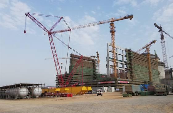 卡拉奇核电站K3常规岛主厂房钢屋架吊装完成