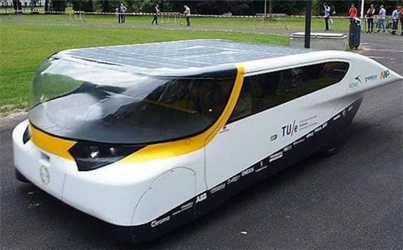 太阳能汽车时代终于要来了:不用加油、补充电 还能无限续航